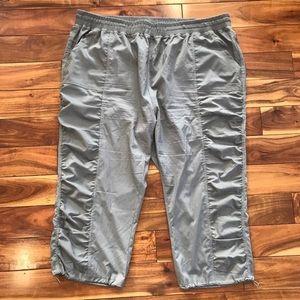 Warehouse one capris pants